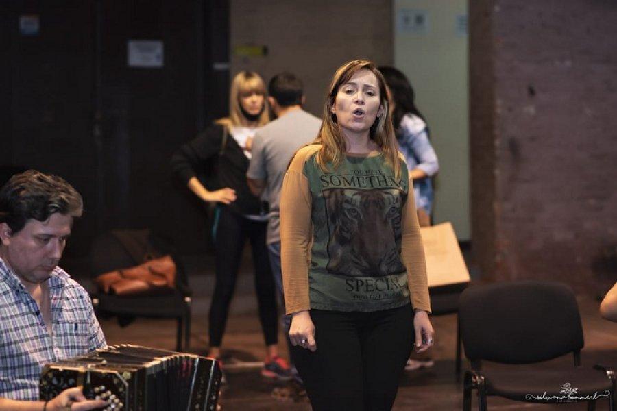 En el Teatro Vera se está preparando el homenaje a Ramona Galarza