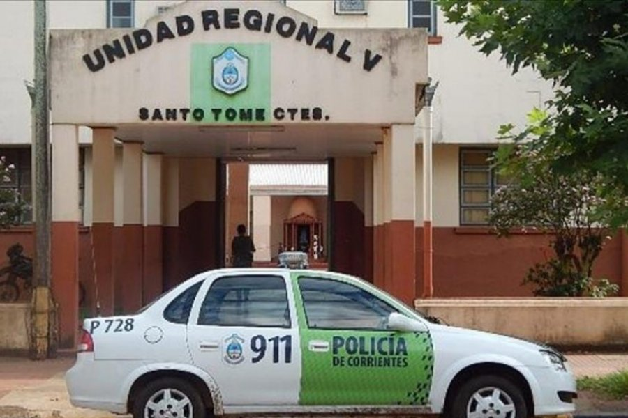 Detuvieron a dos policías por el robo a una chipacería