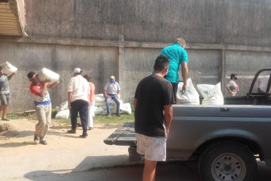 La asistencia alimentaria para ganado llegó a los pequeños productores de San Luis del Palmar