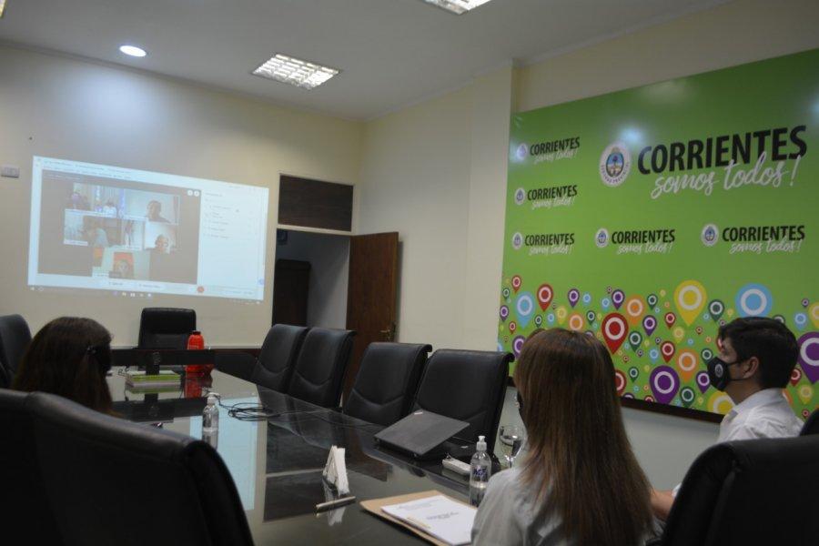 La ministra de Educación participó de una reunión Regional NEA con el CFE
