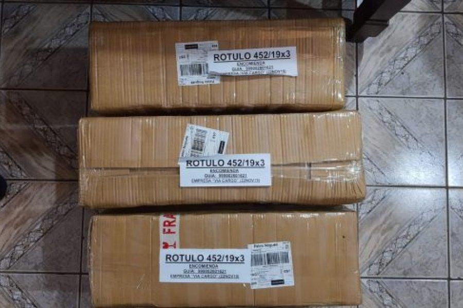 Dos detenidos al intentar enviar droga en paquetes yerba