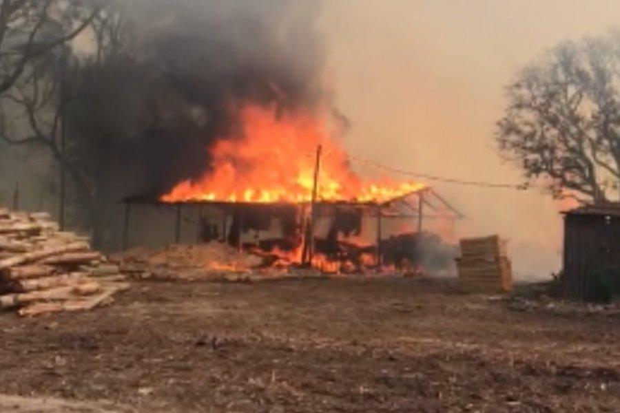 Santa Rosa: Varias familias quedaron con lo puesto tras el incendio de sus casas