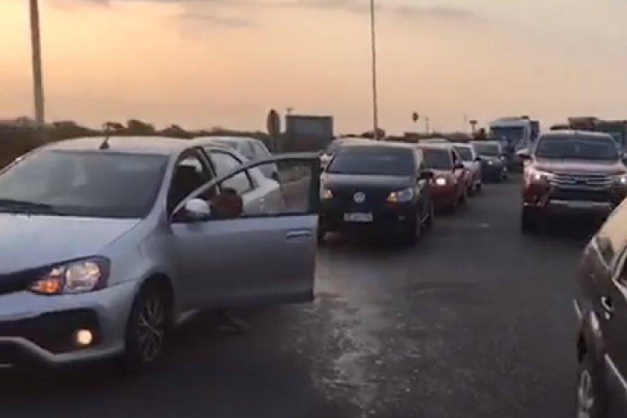 Chaqueños se manifestaron pidiendo la liberación del puente General Belgrano