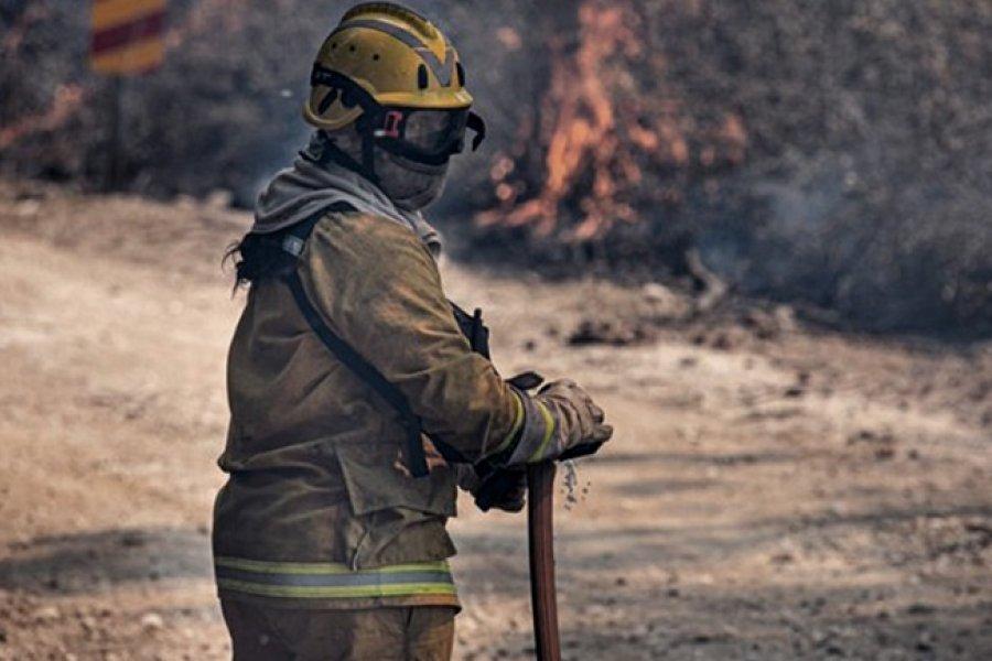 Dos focos de incendios persisten en Córdoba y hay 500 efectivos trabajando