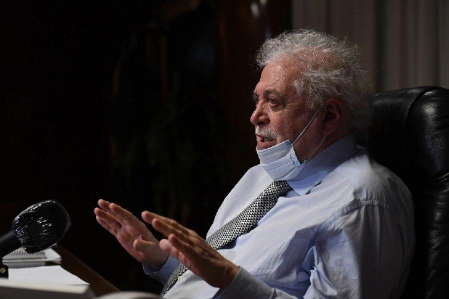 Ginés González García predijo que en los  próximos días bajarán los casos