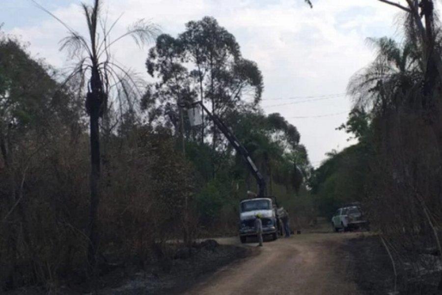 Postes y cables quemados, la otra cara de los incendios