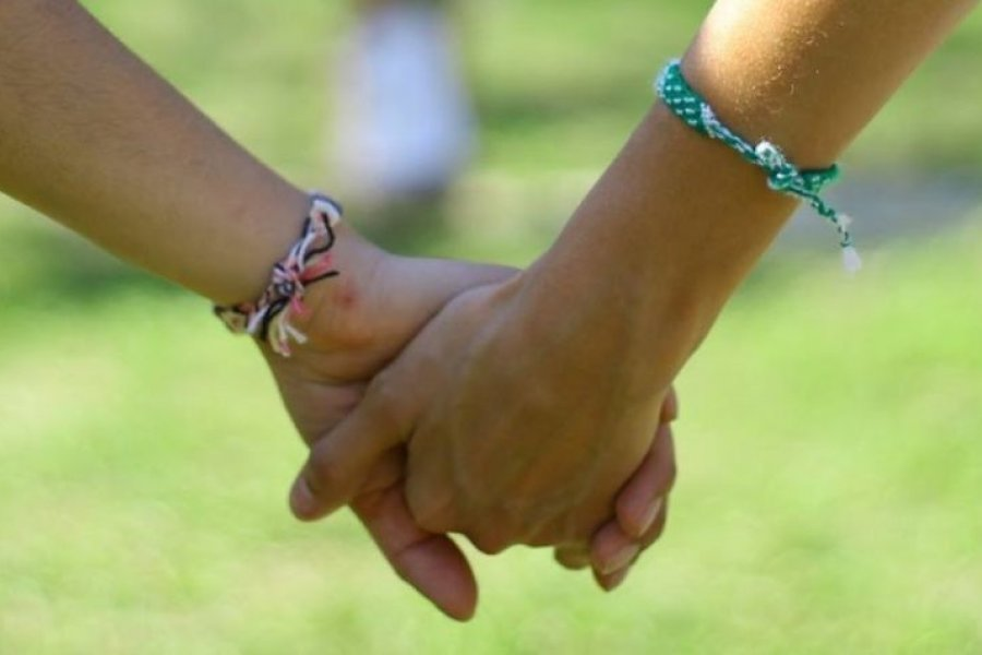 Un niño de 10 años busca una familia que lo adopte