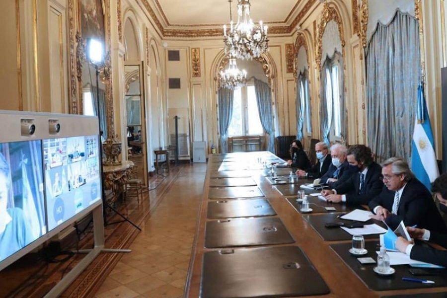El Presidente analizó la situación sanitaria con los Gobernadores