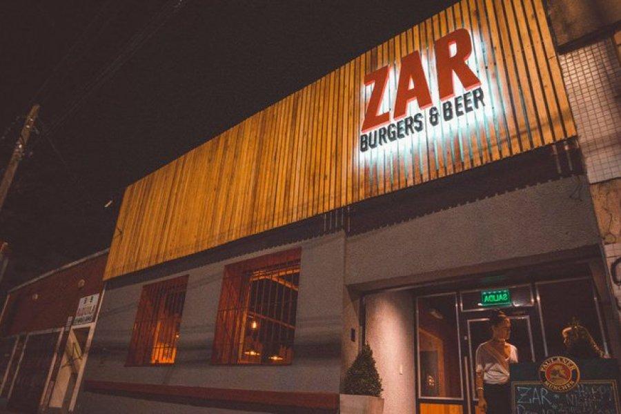 Una joven murió y ocho resultaron heridas en la explosión de un bar