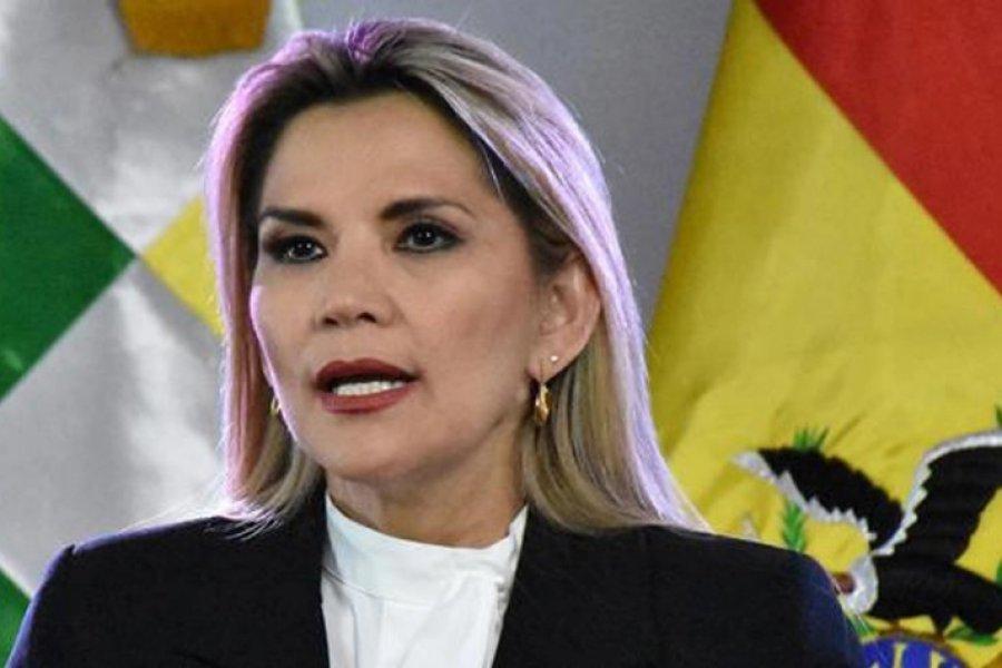 Jeanine Áñez violó la ley electoral y llamó a no votar por el MAS