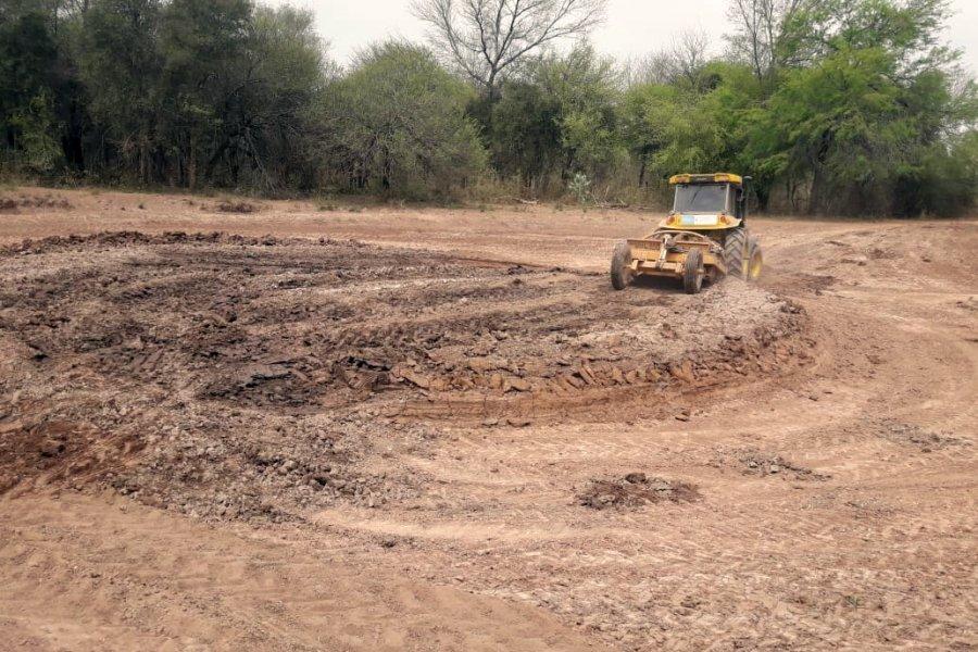 Construyen aguadas para mitigar la sequia en Parque Nacional Copo