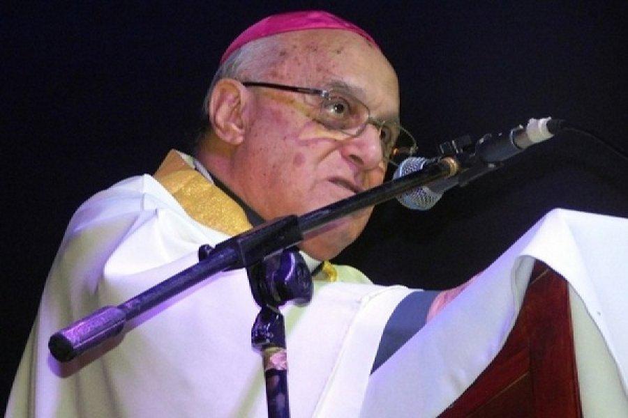 Monseñor Castagna: Evangelizar es restablecer relaciones con Dios