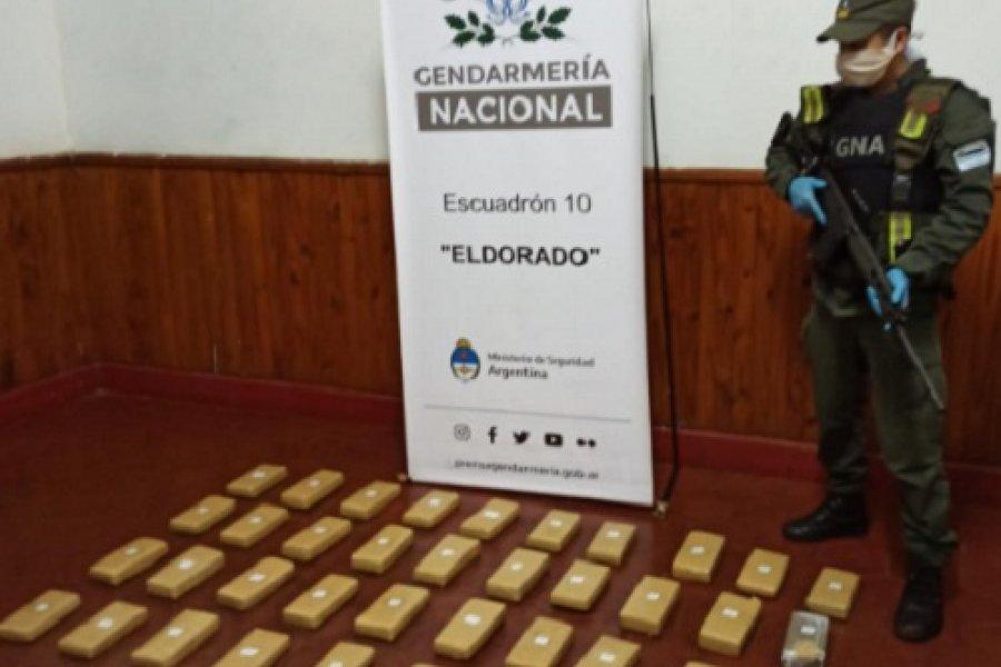 Misiones: Una patrulla a pie de gendarmes secuestró 29 kilos de marihuana