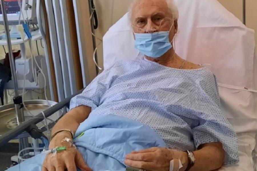 Coronavirus: Internaron a Pino Solanas en París