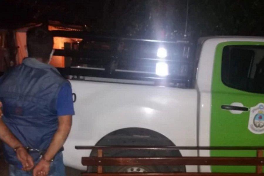 Esquina: Robó un banco de plaza y fue detenido