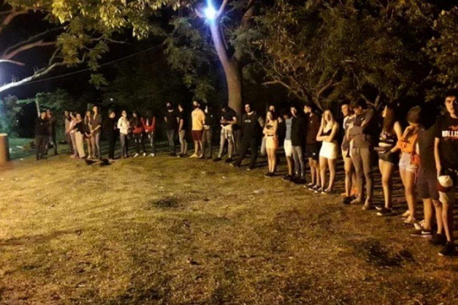 Fiesta clandestina en Paso de los Libres: Había más de 100 personas y la mitad logró fugarse