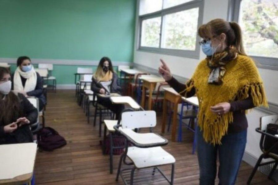 El Gobierno autorizó a los estudiantes que vuelven a clases a usar el transporte público