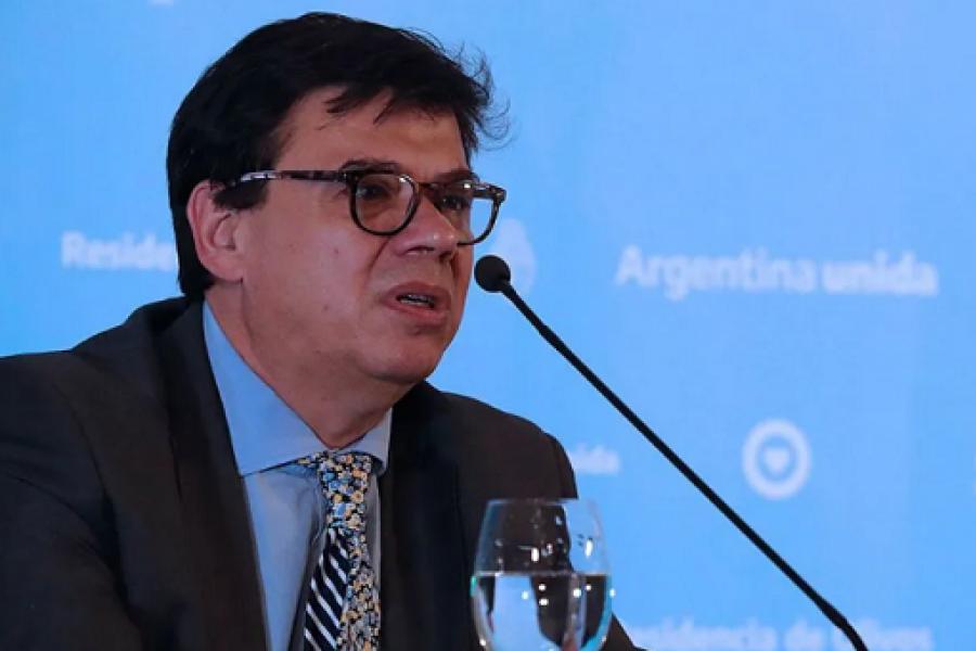 El Gobierno oficializó la suba del Salario Mínimo, Vital y Móvil a 21.600 pesos