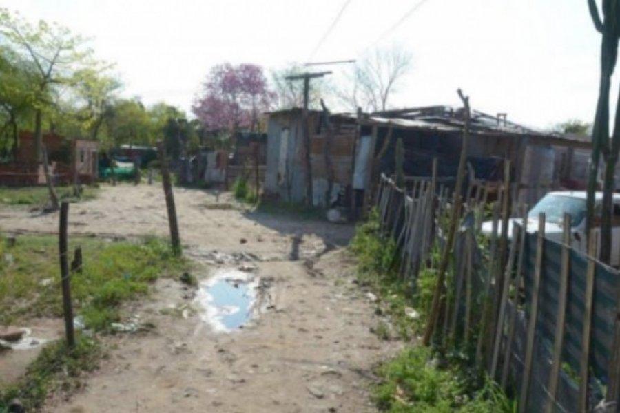Promulgaron leyes de expropiación de predios de los barrios Quilmes y Molina Punta