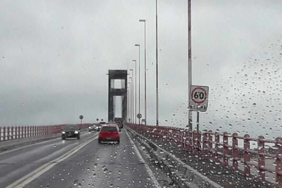 Al reclamo de apertura del puente se sumará el cobro de hisopados no hechos