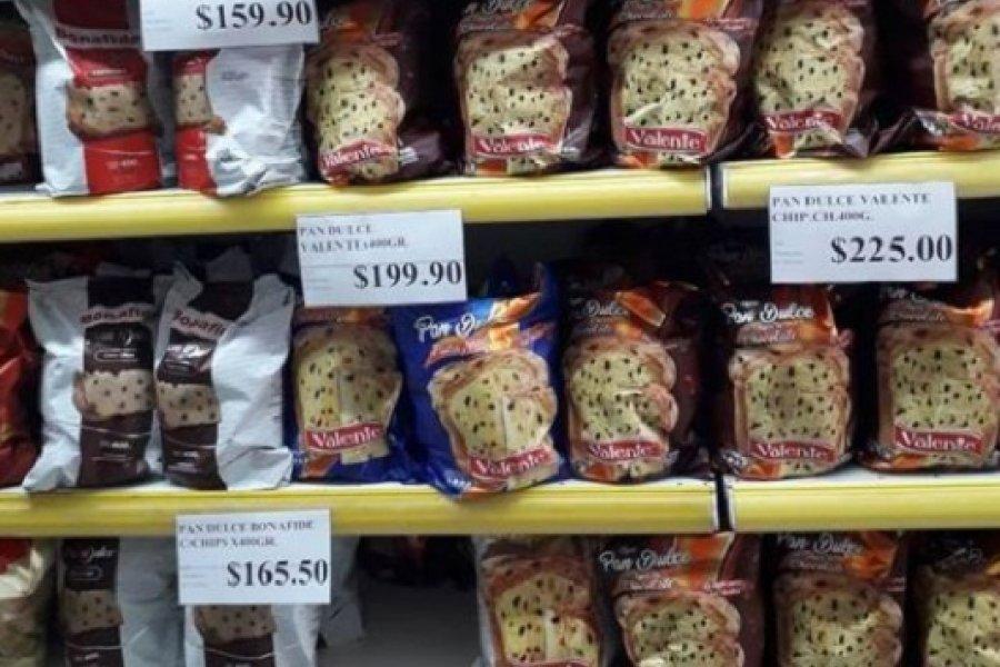 Las góndolas exhiben pan dulce con valores entre $160 y $300
