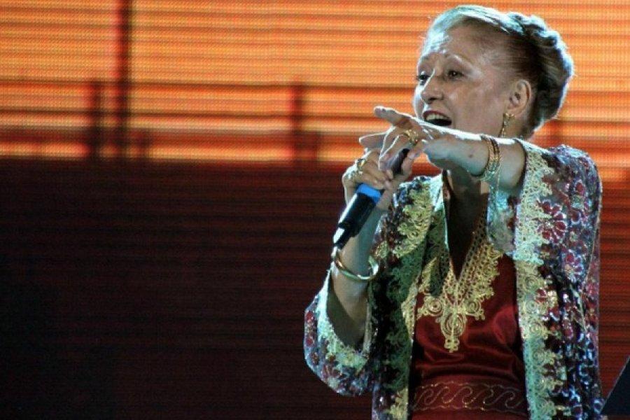 Ramona Galarza, inmortal a un mes de su partida física