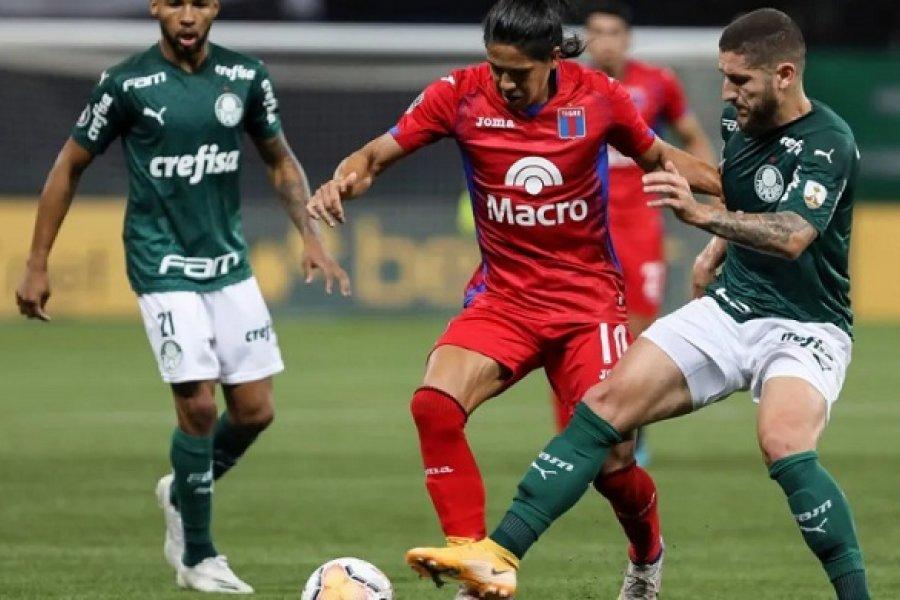 Tigre cayó por goleada ante Palmeiras y se quedó afuera de todo