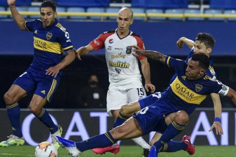Boca goleó a Caracas y sumó más que River
