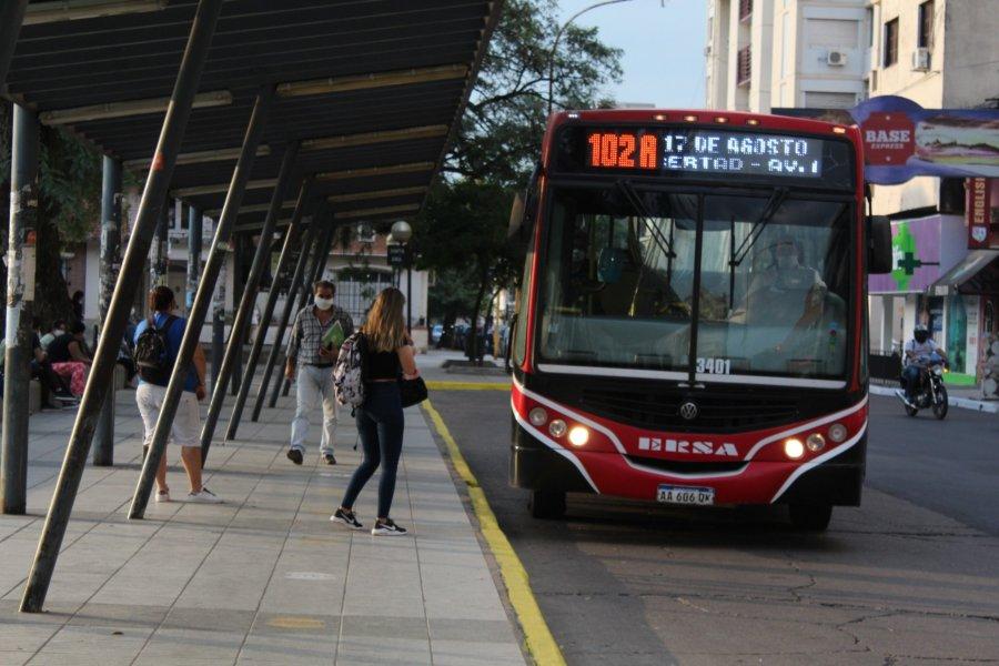Se levantó el paro de colectivos en Corrientes