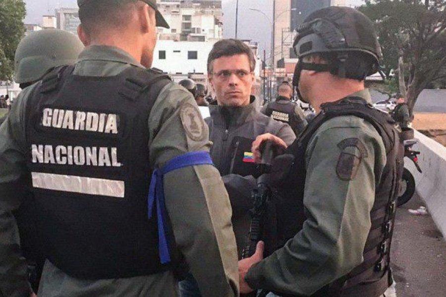 Leopoldo López abandonó Venezuela y cruzó a Colombia para volar a España