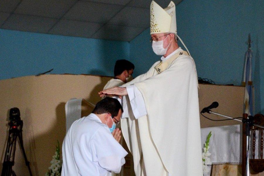 Ordenación sacerdotal en Bella Vista