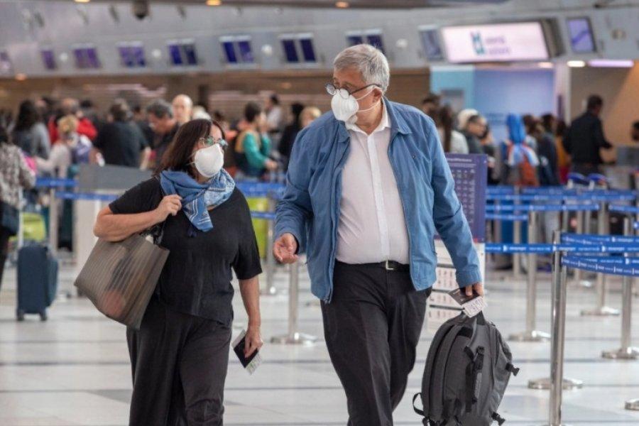 Aerolíneas Argentinas sancionará a quienes intenten evadir los controles sanitarios
