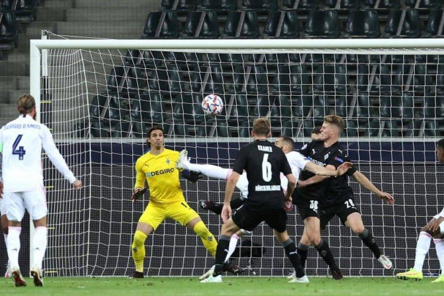 Real Madrid rescató un empate ante el Borussia Mönchengladbach