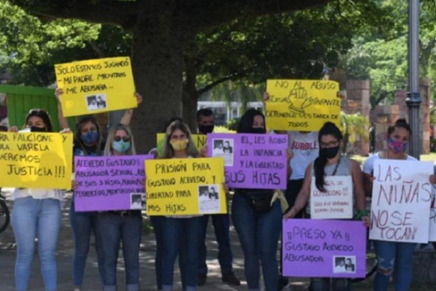 Con una manifestación pidieron celeridad en una causa por abuso sexual de menores