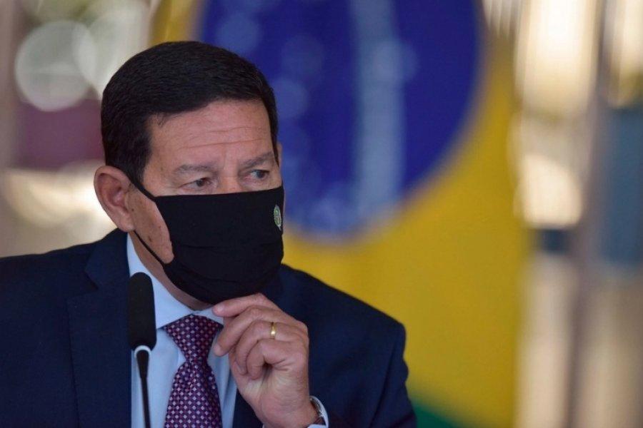 El vicepresidente de Brasil contradijo a Bolsonaro y respaldó la vacuna china