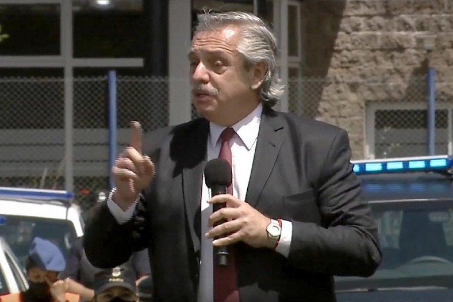 """Alberto Fernández en Lomas de Zamora:  """"Debemos celebrar la democracia todos los días"""""""