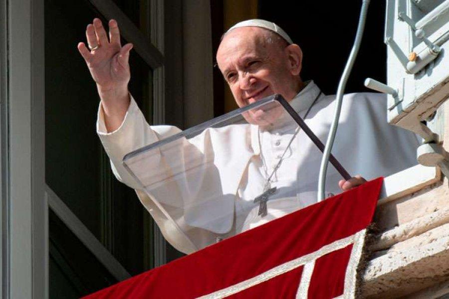 La Solemnidad de Todos los Santos recuerda la vocación a la santidad, afirma el Papa