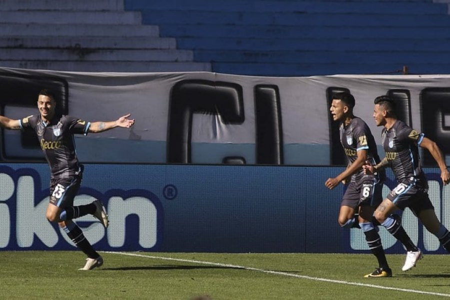 Atlético Tucumán goleó a Racing en Avellaneda por la Copa de la Liga Profesional