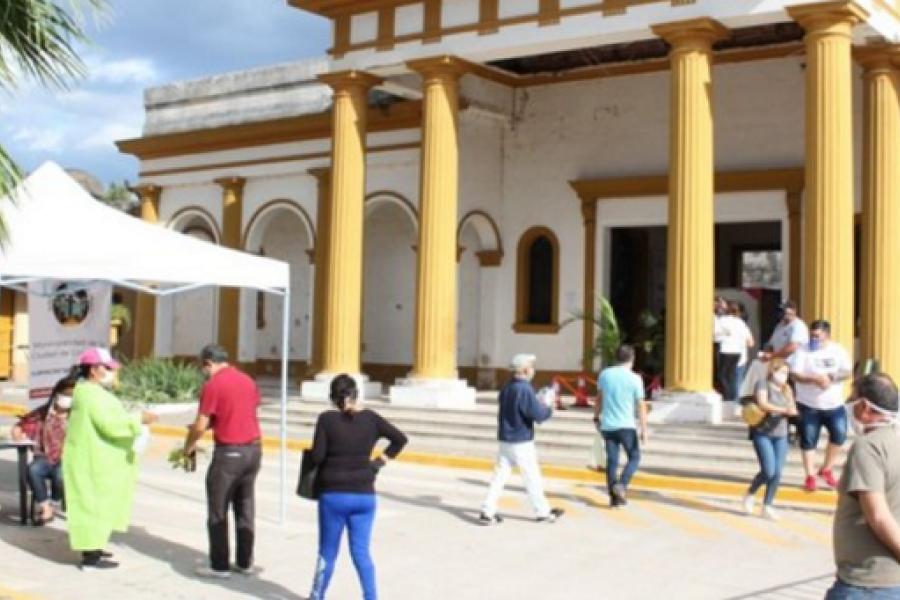 Día de los Fieles Difuntos: 700 pedidos para visitar cementerios