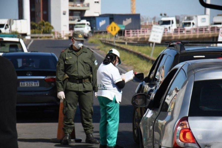 Cruzó el puente sin autorización y volvía al Chaco con un hombre escondido en el auto