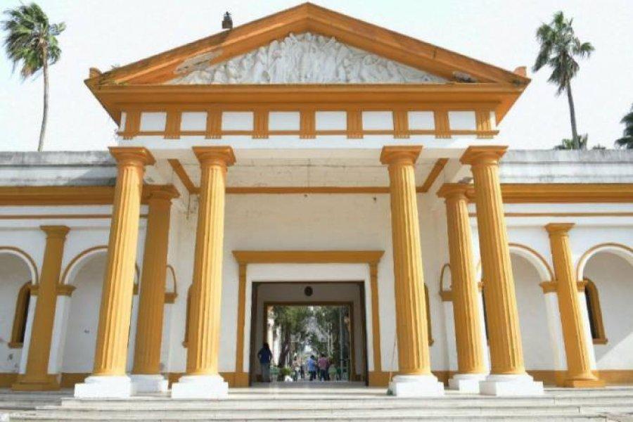 En el día de los santos difuntos, el cementerio de la ciudad fue uno de los lugares más visitados