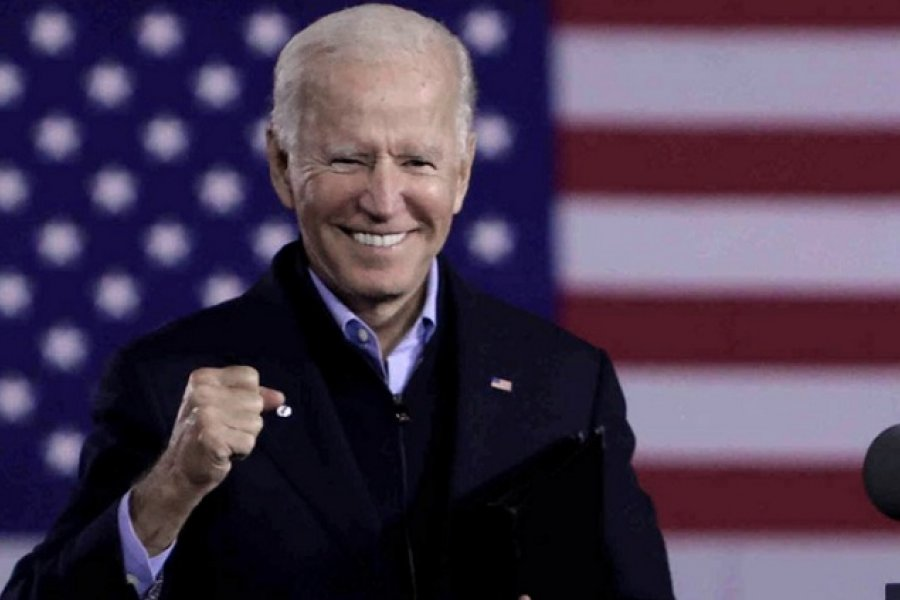 Biden acaricia la presidencia y Trump denuncia fraude