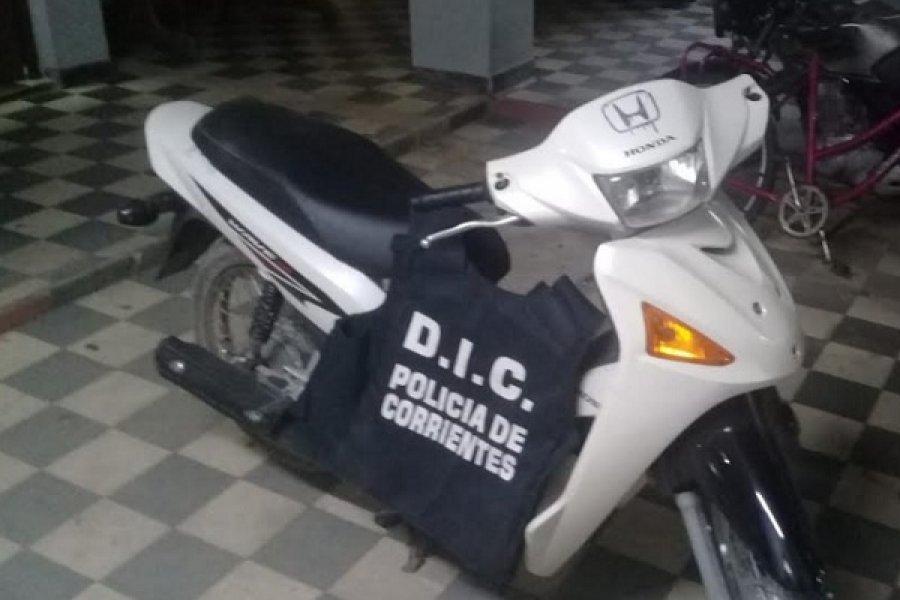 Recuperaron una moto robada y detuvieron a un mecánico
