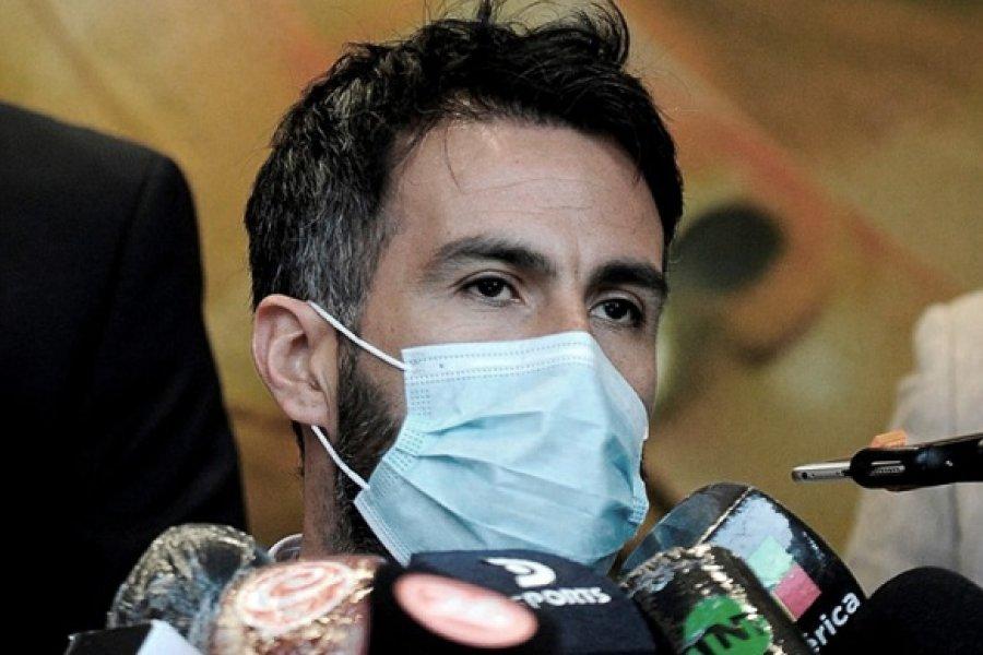 Diego está en condiciones de alta, pero esperemos que se quede hasta mañana internado