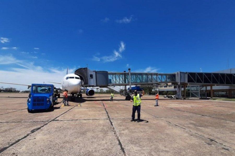 Aerolíneas ya opera dos vuelos semanales Ezeiza-Corrientes