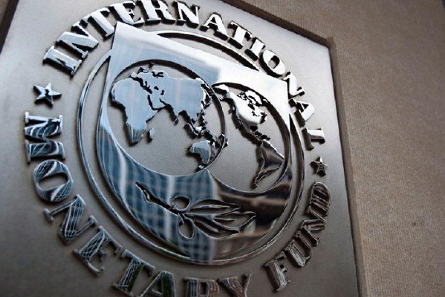 El martes llega al país una misión del FMI para iniciar negociaciones formales por un nuevo programa