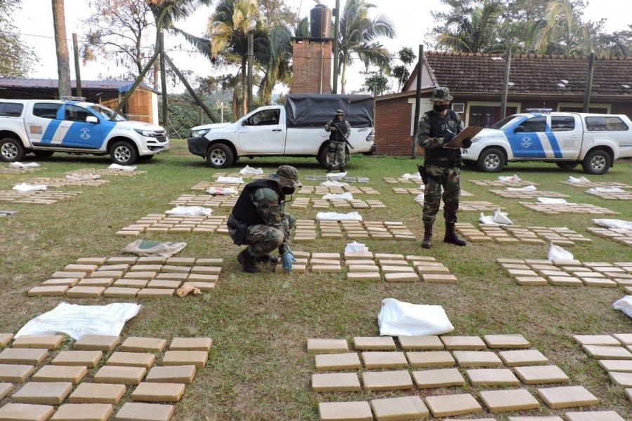 Prefectura Naval secuestró más de 2 toneladas de marihuana