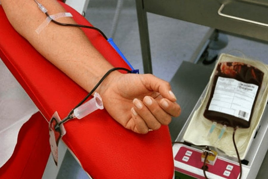 Los bancos de sangre del país mejoran sus reservas tras caer en la pandemia