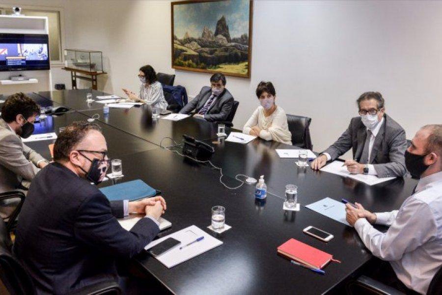 Guzmán anunció que Argentina buscará acuerdo de facilidades extendidas con el FMI