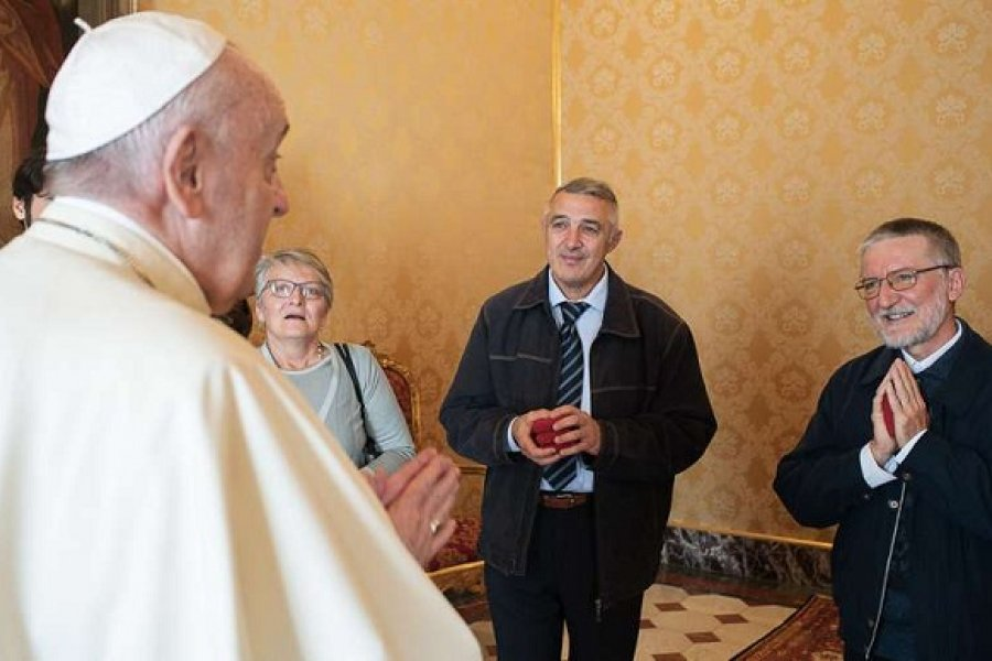 El papa Francisco se reunió con P. Maccalli, misionero que fue secuestrado por yihadistas